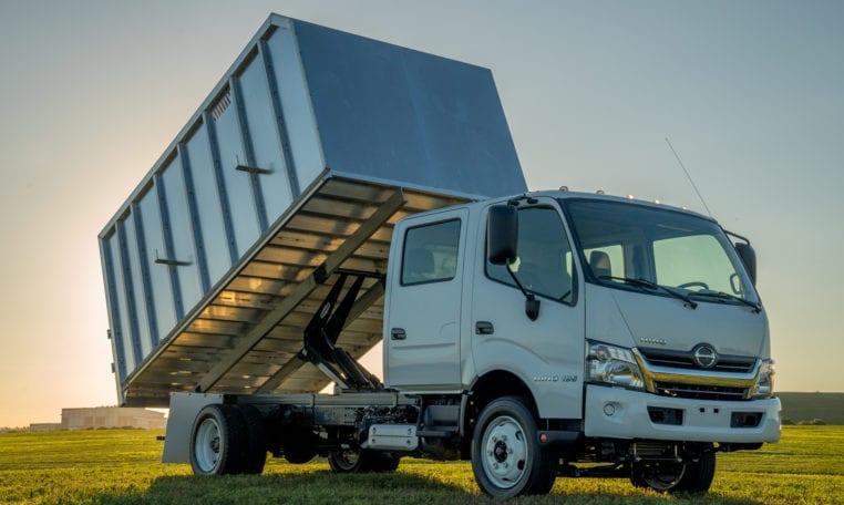 HINO 195 Chipper Landscape Dump - MJ Truck Nation